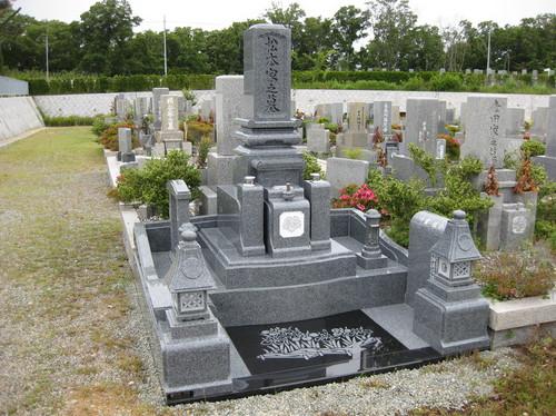 「和」のデザイン墓石1.JPGのサムネール画像