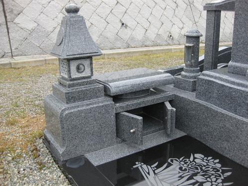 「和」のデザイン墓石4.JPGのサムネール画像