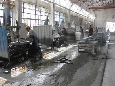 中国石材加工工場.JPGのサムネール画像