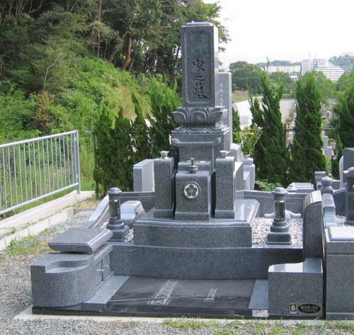 和のデザイン墓石1.jpgのサムネール画像