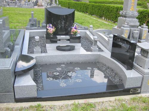 妹尾家墓碑1.JPGのサムネール画像