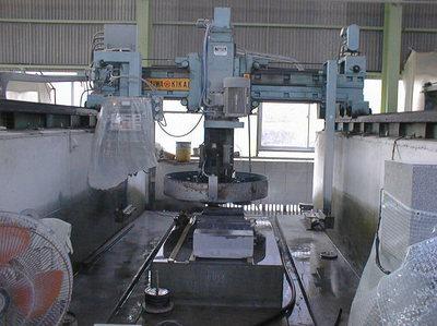石材自動研磨機.jpgのサムネール画像